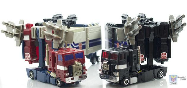 PMOP (US) (L) and Nucleon Quest Super Convoy (JPN) (R)